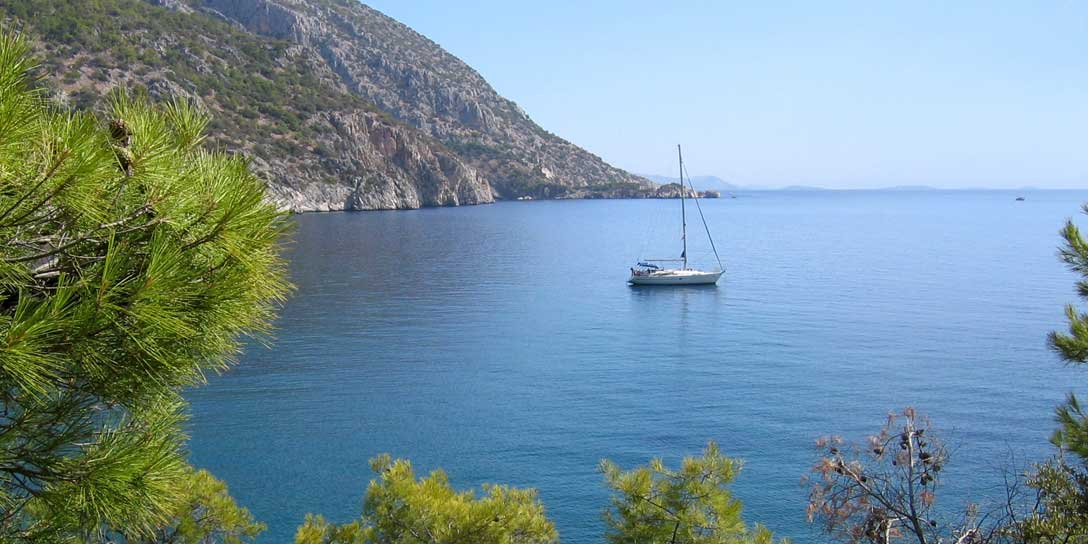 Blue water sailing Sailing holidays and bareboat charter